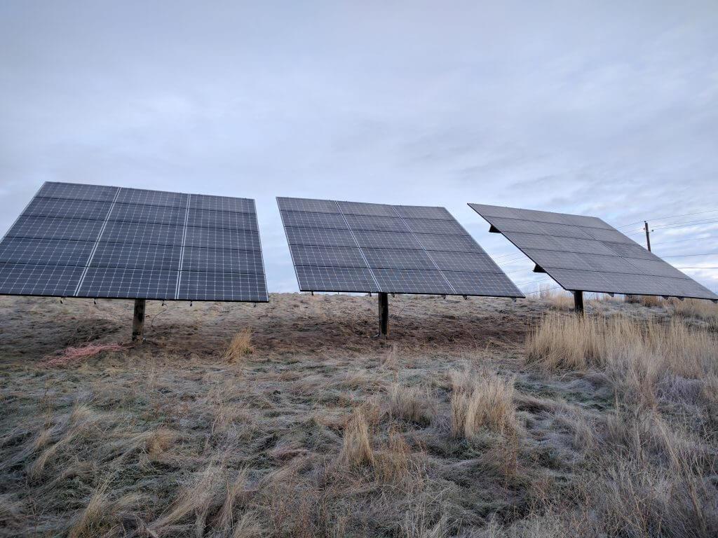 Levi Solar Array. (C) 2016, Joe Levi.