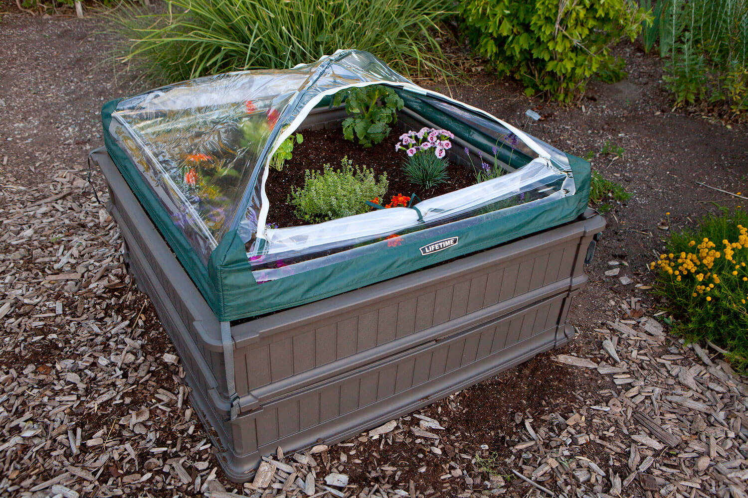 Lifetime Raised Garden Box